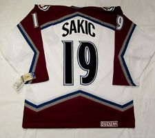 JOE SAKIC size XL  Colorado Avalanche CCM 550 VINTAGE series Hockey Jersey white