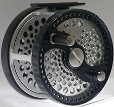 New listing 7/12 Carbon Fiber Disc Drag Bar Stock Classic Salmon Fly Reel + Neoprene Pouch