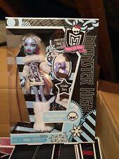 Monster High Abbey Bominable Muñeca 1st Wave Serie 1 diario hija Del Yeti escalofríos
