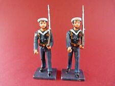 2 Soldats de plomb - Marin défilant avec fusil sur l'épaule - Lead soldier
