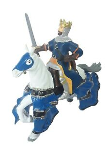 Papo King Figure and ELC Horse Early Learning Center