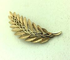 """Vintage Trifari Gold Tone Pin Accented Leaf Pin Brooch 2.75"""" x 1.25"""""""