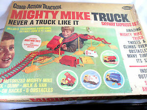 Vintage 1967 Remco Mighty Mike Skyway Express set (no truck)