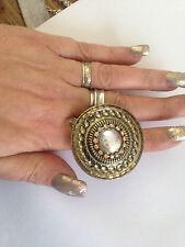 brass HUGE ROUND GOLD & CRYSTAL STATEMENT RING size R VINTAGE pre worn UNUSUAL