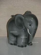 +*A010576_08 Goebel Archiv Muster Spardose Elefant TMK3 SD21 Plombe