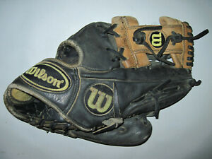 Wilson A2000 RHT Baseball Glove Mitt 1787 RHT