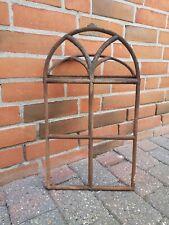 altes Gusseisen Stallfenster - Eisenfenster mit Rundbogen und Oberlichtklappe