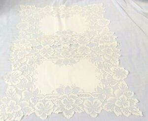 2 Heritage Lace Rectangular Ivory Floral Place Mats 14x19 Polyester Vintage