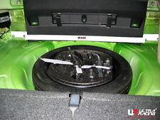 VW Scirocco 08+ UltraRacing 2-punti Posteriore superiore Barra Duomi