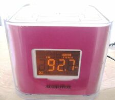 Audiovox CR8030iE5 Dual Alarm Clock AM/FM DORM Dock for iPod iPhone Pink 4GB