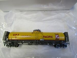 OVERLAND MODELS INC.3351.1 HO UNION PACIFIC 20,000 GAL. FUEL TENDER UPT7 NIB