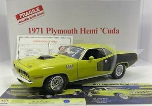 "Danbury Mint 1/18 Scale 1971 PLYMOUTH HEMI CUDA ""VERY RARE & DETAILED"""
