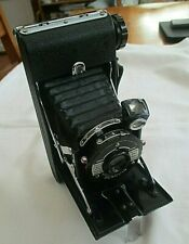 VINTAGE KERSHAW EIGHT-20 PENGUIN FOLDING  BELLOWS CAMERA  WITH LEATHER CASE