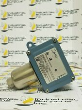 United Electric J6-142 Pressure Switch *FREE SHIPPING*