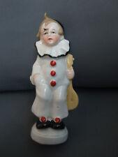 Alte Porzellanfigur Junge mit Laute Nr.17 84