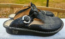 Alegria Jazzy, Textured Black Patent Leather Clogs, Size 38... Great Condition!