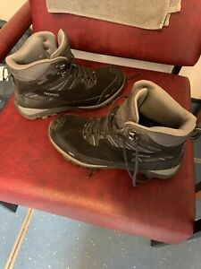 Trespass Waterproof Size 9 Boots