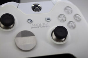 Customized Xbox One Elite Controller w/ I Made This Launch Team 2013 Faceplate