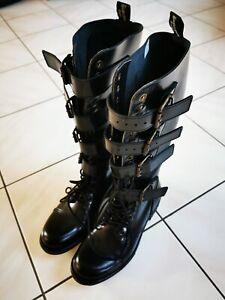 Boots & Braces 20-Loch Steampunk Stiefel, Größe 41, schwarz
