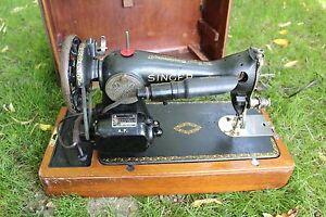 Vintage Machine à coudre SINGER avec moteur électrique BRK7 contrôleur au genou