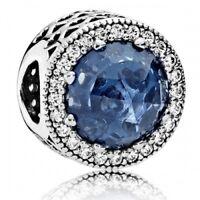 PANDORA Charm Mitternachtsblauer Stahlenkranz der Herzen 791725NMB