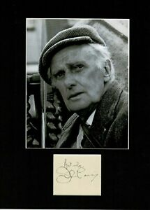 JOHN LAURIE DADS ARMY PRIVATE FRASER DADS ARMY  SIGNED AUTOGRAPH DISPLAY UACC
