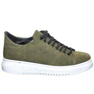 Sneakers scarpe uomo bassa linea basic in vera pelle camoscio verde militare con