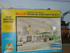 AHM * Minikits ** GAS / SERVICE STATION ** Kit ** HO Scale Train ** SEALED **