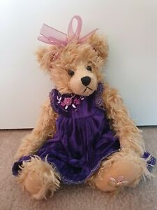 Settler Bear- Dayna from Field of Flowers collection
