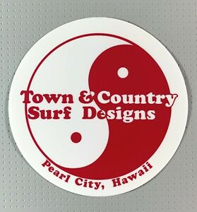 T&C Town & Country Surf Designs Hawaii Sticker 5 inches Red sk8