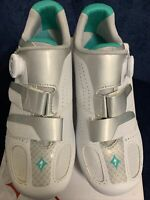 NIB Specialized, Ember Rd Wmn, White/Emerald Bike Shoes Size EU 40/ USA 9, BOA