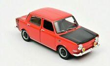 Voitures miniatures rouges Simca