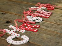 Wooden Shabby Chic Vintage Country Style Red And White Christmas Banner Garland