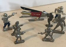 8 Vintage Lead Toy Soldier Buck Rogers Space Alien Martian Gun w Spaceship