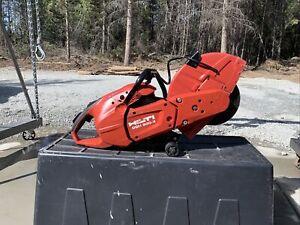 Hilti Gas Saw w Blades Hand Held Cutting Brick Concrete Block 900X 90CC 16 in.