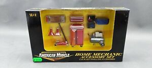 1:18..American Muscle--Home Mechanic Accessory Set / 3 O 938