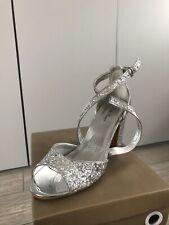 Silver glitter/Dama De Honor Boda/Graduación Zapatos Talla 6 Totalmente Nuevo En Caja