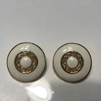 Vintage Hand Painted Mother Of Pearl Earrings Palette Brush Pine Cone Screw Back