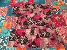 Peaches Uniforms Women's Nurse Scrub Top Xs Pink and Black 4179 Flowers
