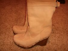 UGG Australia Carnagie Studded Lambswool Lined Booties Wedge Boots Womens Size 9