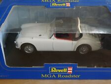 Revell 1/18 MG - MGA Roadster In White Has Damaged Wing Mirrors   With Box !