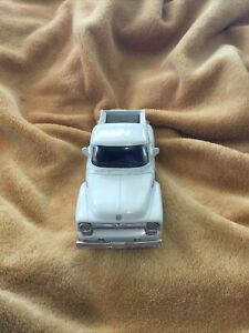 Ford 1956 F-100 Pickup Truck New Ray DIE CAST METAL 1/32 White