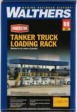 HO Scale Walthers Cornerstone 933-3169 Tanker Truck Loading Rack Building Kit