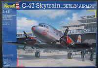 Revell 04697 - C-47 SKYTRAIN - Luftbrücke Berlin Airlift - 1:48 Flugzeug Bausatz