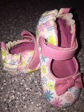Robeez Infant BABY Girls Leather Crib SHOES Flowers W Pink BOWS SZ 4 NICE Used