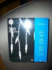 GE 300 Icicle -Style lights String along Traditional Lighting Clear Color