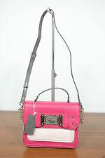 Unifarbene GUESS Damentaschen aus Kunstleder mit Innentasche (n)
