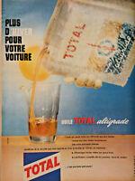 PUBLICITÉ DE PRESSE 1961 HUILE TOTAL ALTIGRADE POUR VOTRE VOITURE EN HIVER