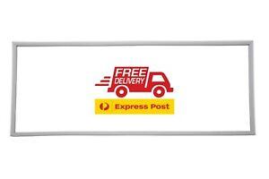 Kelvinator   M 300 VM Fridge (Seal/Gasket) Free Express Post ( MADE IN AUS)