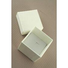 NUOVO Tinta Unita Bianco Avorio Anello Nuziale Casella (non imballato piatto) 5x5x5cm